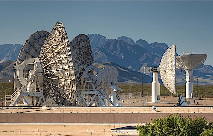 深空网高频接收系统方案设计:低温接收组件设计