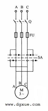 转换开关控制电动机正反转电路接线图