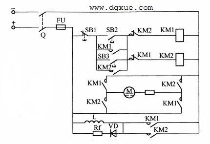 改变直流电动机电枢电压极性实现正反转启动电路